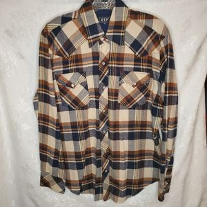 Vtg. VIP Western Long Sleeve Button Front. Sz. Med